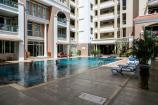 Relax on the shared swimming pool